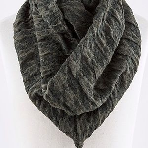 Accessories - Houndstooth Wide Infinity Scarf